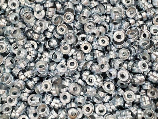 Usinagem de peças em aço inox